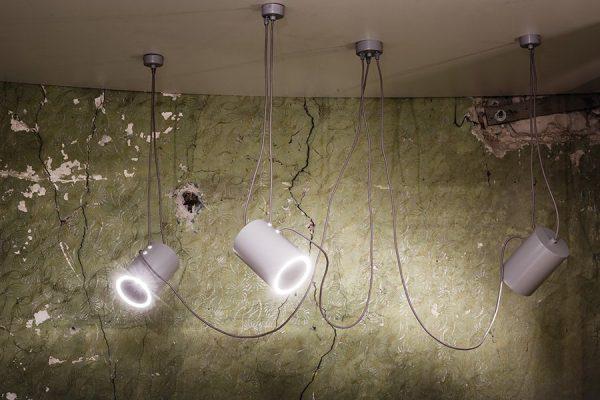 Koridoriaus apšvietimas, Baltas šviestuvas DUBU 9025 DOHAR