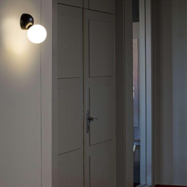 Faro Barcelona, Sieninis šviestuvas JOY LED Juodas