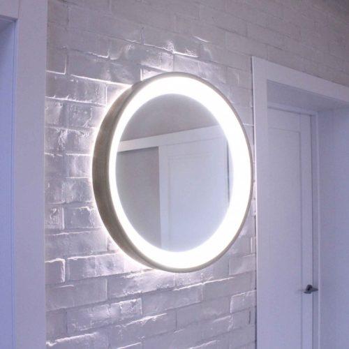 Rankų darbo mediniai šviestuvai, Medinis veidrodis su šviesos šaltiniu Model 3 ø45cm