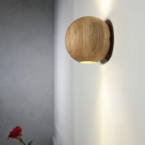 Rankų darbo mediniai šviestuvai, Sieninis medinis šviestuvas JUPITER WL