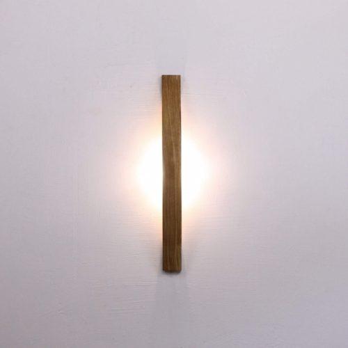 Rankų darbo mediniai šviestuvai, Sieninis medinis šviestuvas SOVA