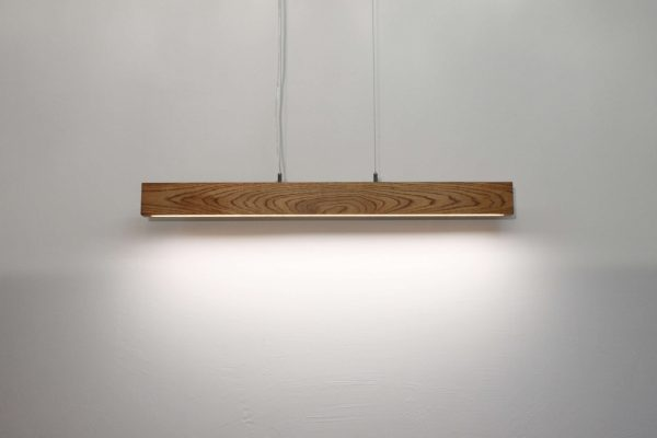 Pakabinami šviestuvai, Pakabinamas medinis šviestuvas SLIM 80cm