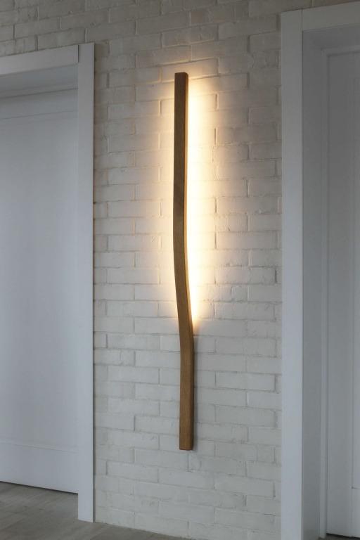 Rankų darbo mediniai šviestuvai, Sieninis medinis šviestuvas WELLE WL 100cm