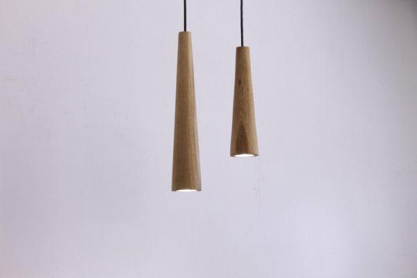 Mediniai šviestuvai, Pakabinamas medinis šviestuvas Konus
